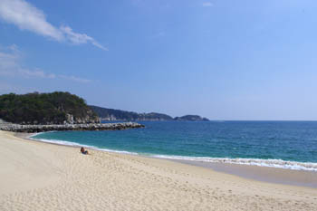 Unspoiled beaches in Huatulco, Mexico